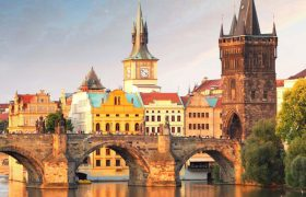 Vrijgekomen etappe estafette wandeling naar Praag