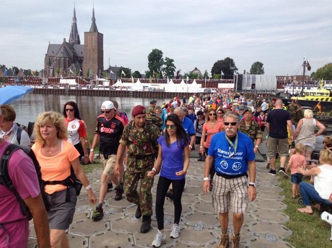 De vierde en laatste dag van de Nijmeegse Vierdaagse wordt ook wel 'de dag van Cuijk' genoemd.